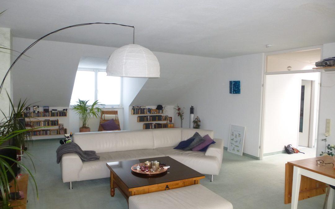 Außergewöhnliche 3-Zimmer-Dachgeschosswohnung mit herrlicher Dachterasse