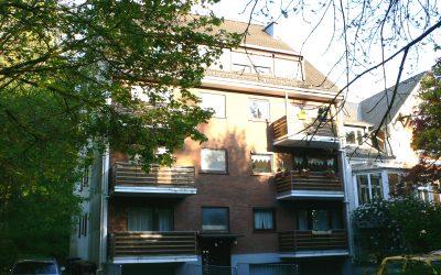 Schick sanierte 2-Zi.-Whg. mit 2 Balkonen und Lift