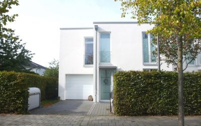 Borgfeld-West … Reihenendhaus im Bauhaus-Stil in traumhafter Lage