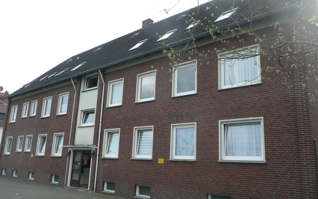 Gut geschnittene 2-Zimmer-Hochparterre-Wohnung – Am Stadion in Delmenhorst