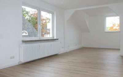 Frisch sanierte 2-3 Zimmer-Wohnung mit Balkon